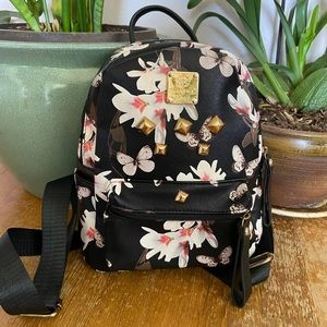 Handbags - Mini floral backpack